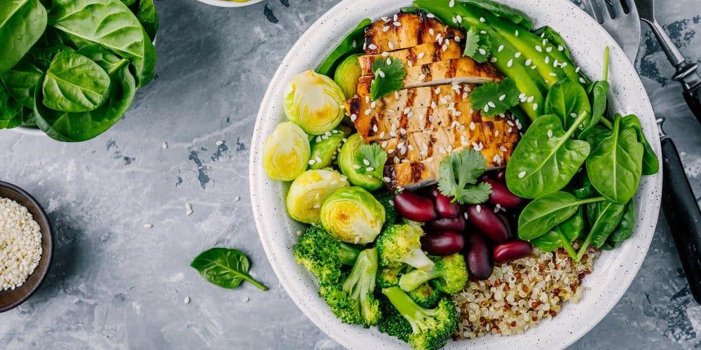 Comment manger plus sainement : 10 conseils pour une alimentation équilibrée